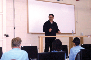 David Hornik talking to the students of Code.7370