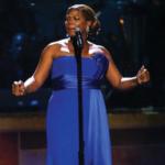 Queen_Latifah_performing
